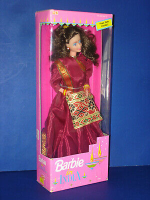 BARBIE IN INDIA #9929 Brunette Hair Doll in Burgundy Saree Mattel 1993-94