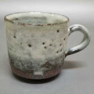 UK79)Japanese Pottery Coffee Cup/Tea Cup White glaze artist Seigan Yamane