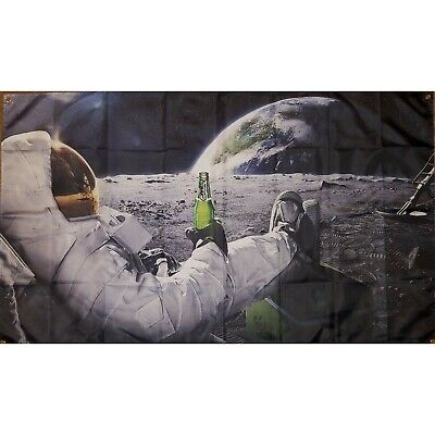 Art print F-40 Classic Astronaut on the Moon with Beer Funny 24x36 Silk Poster