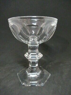 Ancien Verre Baccarat Modele Harcourt Coupe a Champagne non Signee