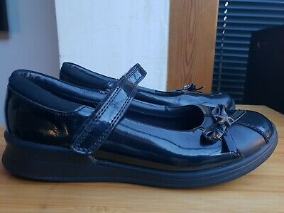 "Clarks Black Patent Leather School Shoes = Uk 1.5 = ""G"" = Velcro Strap= Cost £36"