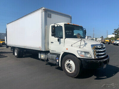 Penske Used Trucks - unit # 638078 - 2013 Hino 338