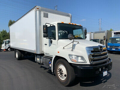 Penske Used Trucks - unit # 638079 - 2013 Hino 338