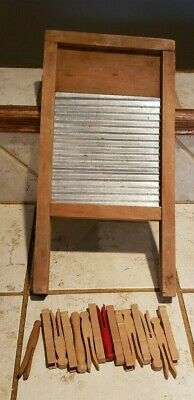Vintage Small Wood /Metal Child's Washboard Clothes & 15 Clothes Pins