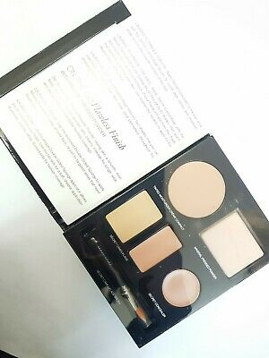 Laura Mercier The Flawless Face Book Portable Complexion Pallette NUDE