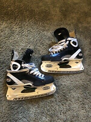 Mission Amp Hockey Skates (10.5)  Great Condition
