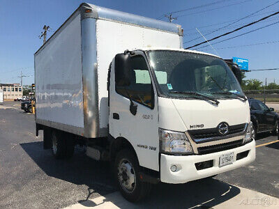 Penske Used Trucks - unit # 693583 - 2015 Hino 195