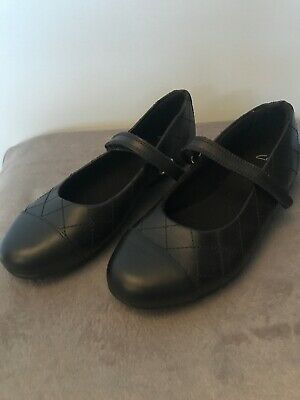 Clarks Girls Black School Shoes NEW leather Velcro Strap Size 13 1/2 G
