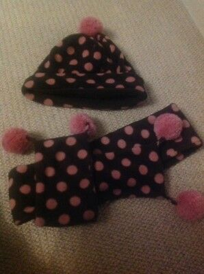 Gap Little Girls Soft and spotty hat and scarf set with Pom poms