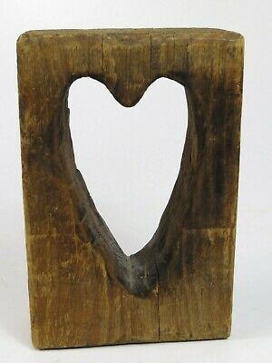 Vintage LOVE Carved Wood Heart FOLK ART Carving AAFA Primitive Phyllis MacNeil