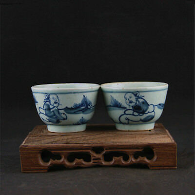 Chinese Old Blue And White Figure Pattern Pair Porcelain Wine Cups / Tea Cups