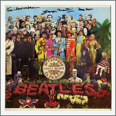 George Martin 2011 Signed Beatles Sgt Pepper's Lonely Hearts Club Band LP (USA)