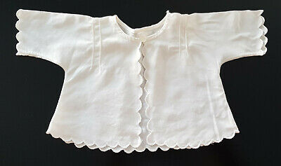 VINTAGE 1950-60's ~ BABY (REBORN DOLL) WHITE MATINEE JACKET, SCALLOPED EDGE