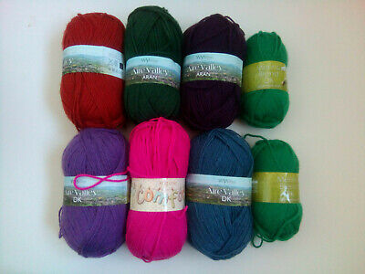 30/% Off! West Yorkshire Spinners Aire Valley DK yarn