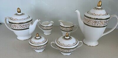 Minton fine bone china 6 piece tea and coffee set.
