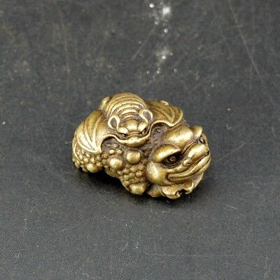 Chinese old collection handwork bronze Golden Toad bat statue Pendant  a48
