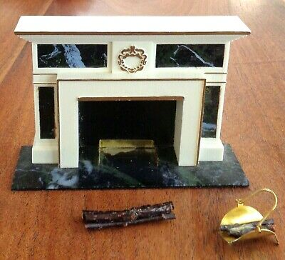 VINTAGE  DOLLHOUSE FURNITURE IDEAL PETITE PRINCESS FIREPLACE and ACCESSORIES
