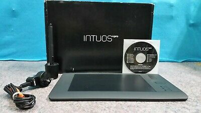 Wacom Intuos Pro Small Professional Pen & Touch Tablet Pth451