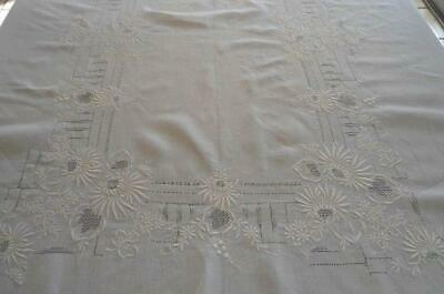 Vintage White Linen Tablecloth Honeycomb Lace Embroidery Floral Oval Banquet