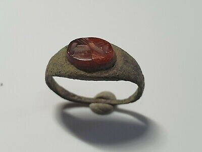 Roman Ring with Intaglio Clasped Hands  1st, 3rd century AD