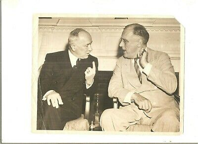 Vintage ACME NEWSPICTURES 7x9 photo FDR and ?