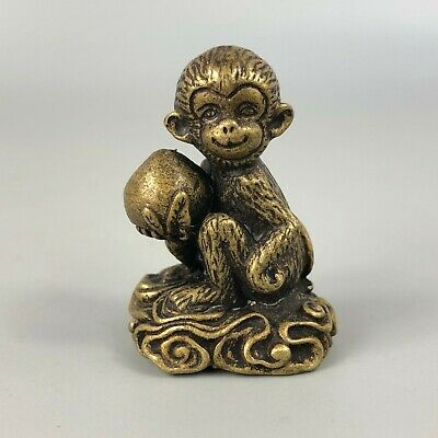 Collectible Chinese Old Brass Handwork Rare Antique Monkey Pick Peach Statue