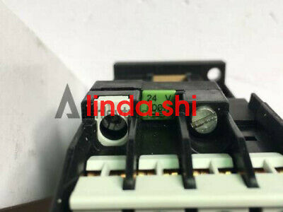 1pc New Siemens contactor relay 3TH4271-1XB4 DC24V