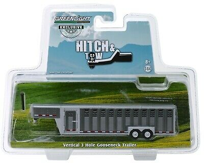 1:64 GreenLight *GUN METAL GRAY* Vertical 3 Hole Side LIVESTOCK TRAILER NIP