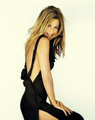 Jennifer Aniston Posing With Bare Back 8x10 Picture Celebrity Print