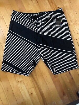 Hurley Mens Size 36 Black And White Board Shorts  Swim Trunks