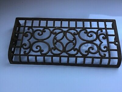 CRUSTY  Vintage Metal Heating Grate Architectural Salvage ♡