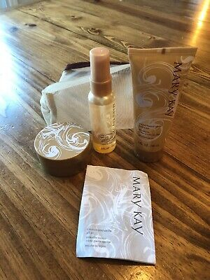 Mary Kay Creamy Frosted Vanilla Gift Set (Body Wash, Body Butter, Body Mist) New