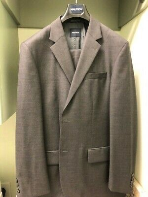 Nautica Mens Suit Grey solid size 42L worn twice