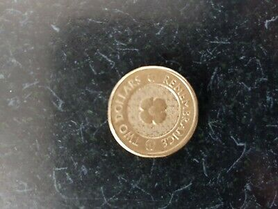 2012 Remembrance Day Gold Poppy Australian $2 Dollar coin - circulated