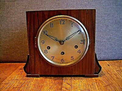 Antique 1930's Art Deco Oak Mantel Clock with Westminster Chime (Square Finial)