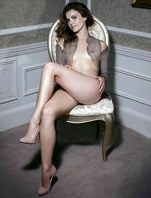 Kerry Russell Transparency Posing Sitting  8x10 Picture Celebrity Print