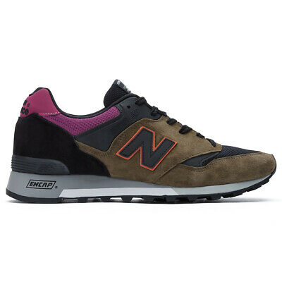 Chaussures Baskets New Balance homme M577 Made In UK taille Vert olive Verte