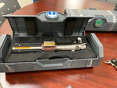 NEW REY/SKYWALKER REFORGED Legacy Lightsaber Hilt Disney Star Wars GALAXY's EDGE