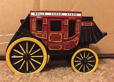 Wells Fargo Stagecoach Metal Small Piggy Bank With Lock And Key Desk Ornament