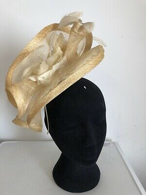 Beige  Fascinator Wedding Christening Ladies Day Ascot