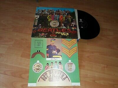 The beatles - sgt peppers lonely hearts club band - 1970s issue with insert