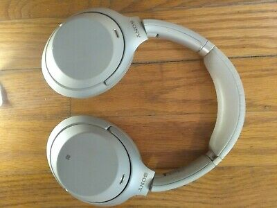 Sony Over-the-Ear Noise Cancelling Wireless Headphones-Silver (WH-1000XM3) USB C