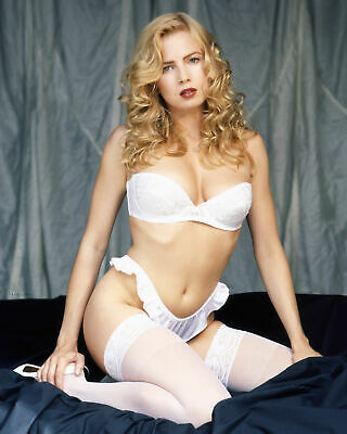 Traci Lords  Must See 8x10 Picture Celebrity Print
