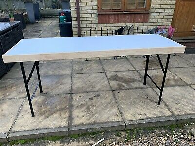 6ft fold up table