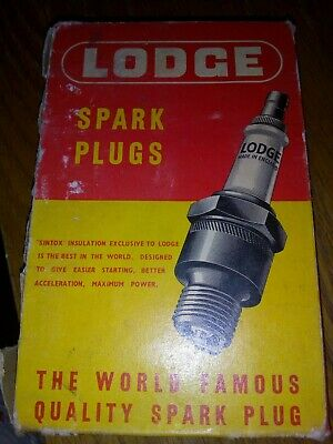 Lodge Spark Plugs CAN14P 6 in some packaging.