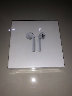Apple AirPods 2nd Generation with Wireless Charging Case - White