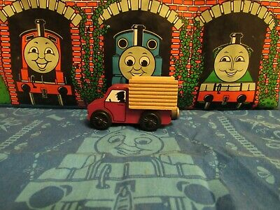 Thomas & Friends Wooden Train CROSBY STATION CARGO TRUCK USED RARE