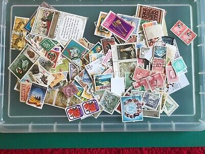 250 World Stamps, Unsorted Off Paper , (E)