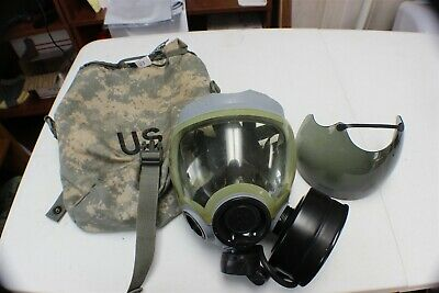 Msa Mask And Carry Case C Pic Vgc W/ Pictured Canister & Smoked Lens Guard Med