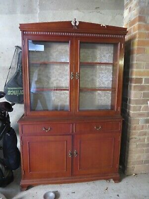 Solid Mahogany  Style 2 Door Display Cabinet /Buffet Hutch